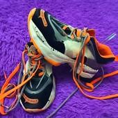 Кроссовки яркие как Nike 24.5см