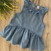 Джинсовая блуза на девочку 6 лет. В хорошем состоянии.