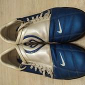 Футбольные сороконожки Nike total 90 III