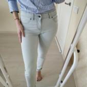 Стрейчевые голубые джинсы Esmara Германия! евро 42