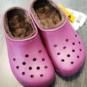 Crocs, оригинал, размер w4-5,см 22,в подарок пара джибитсей.