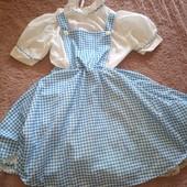 Стильное фирменное платье с Америки, подкладка ажурная