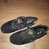 Классные стильные кроссовки Bayota