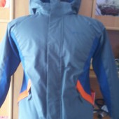 термо Куртка , деми, внутри флис, размер 7-8 лет 128 см. Mountaine warehouse