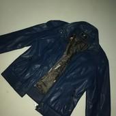 Куртка фирменная!!!