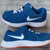 Отличные кроссовки Nike оригинал 31 размер стелька 19,5 см