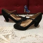 Шикарні туфлі від San Marina