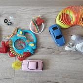 Все игрушки одним лотом.