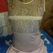 Платье из трикотажа с гипюром пыльнорозового цвета на 42-44(укр.)