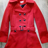 Деми пальто фирменное р.8 в хорошем состоянии