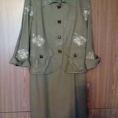Нарядный комплект: платье + жакет. Лен, вышивка, кружево, бахрома.
