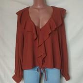 Красивая фирменная блузочка, Primark, грудь-116
