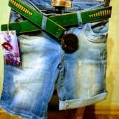 Новые турецкие качественные стрейчевые джинсовые шорты, р. 26 , S, поб 43 см, пот 33 см
