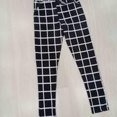 Трикотажные брюки Boohoo, размер S.