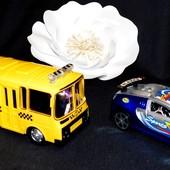Лот № 26 - набор игрушек автобус музыкальный поменять батарейку надо