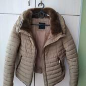 куртка Зара в отличном состоянии, размер С