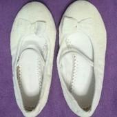 Нежные туфельки John Lewis, стелька 18 см