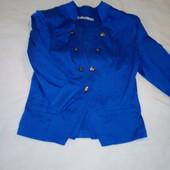 Новый пиджак цвета электрик