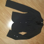 Стильный деловой костюм S