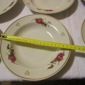 Півпорційні глибокі тарілки з часів ссср