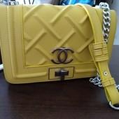 Шикарная сумка Chanel Оригинал Отличное состояние