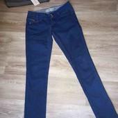 Синие женские джинсы 36рр  bershka