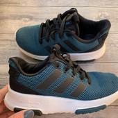 Кроссовки Adidas оригинал 30 размер стелька 18,5 см