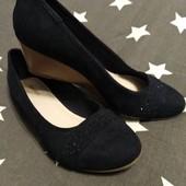Туфлі Graceland, р. 40/26 см, на ніжку 25,5 см, синій замінник замші.