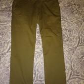 брюки на невысокого мужчину р.34 в идеальном состоянии