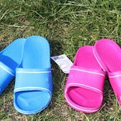 Женские резиновые тапочки, отличный вариант на лето, размеры 37