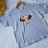 Стильная  футболка с принтом, 100%хлопок.Размер М, наш 44,46.