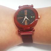 Женские часы Starry Sky Watch на магнитной застёжке, сетчатый металлический браслет,красный