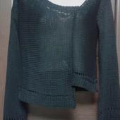 Фирменный свитерок в состоянии новой вещи р. 10-14