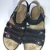 Шикарные практичные кожаные сандали на липучках. 19.5-19.7 см