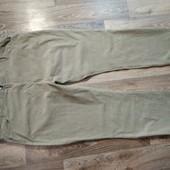 Тоненькие вельветовые штаны M&S на пышные формы