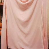 Очень красивая вискозная блуза на ПОГ - 48-52 см. Германия