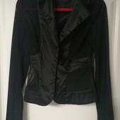 Пиджак с прозрачными вставками
