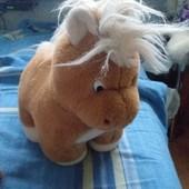 Большая игрушка лошадка!