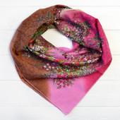 Красивый шейный платок