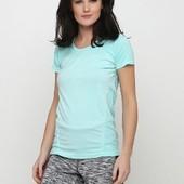 Яркая функциональная женская футболка Vivess. Размер M. Нюанс!