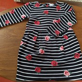 Фирменное платье на 5-6 лет