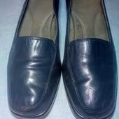Классные кожаные туфли на осень в отличном состоянии!!!Ортопедическая стелька,литая подошва
