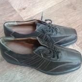 Крутые кожаные снаружи и внутри туфли