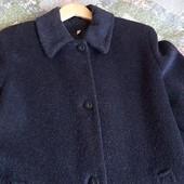 Очень красивое демисезонное пальто чистая шерсть размер 48-50 (европейский 16)