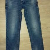 Классные стильные качественные джинсы в отличном состоянии размер М,L