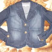 Стильный джинсовый пиджак Турция,в идеале как новый!