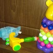 Одним лотом игрушки для малышей