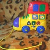 Фирменная качественная машинка - сапог, музыкальная, многофункциональная.