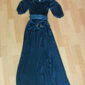 Платье брендовое размер 44-48 Gizzly