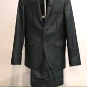 Мужской костюм темно-синий сталь